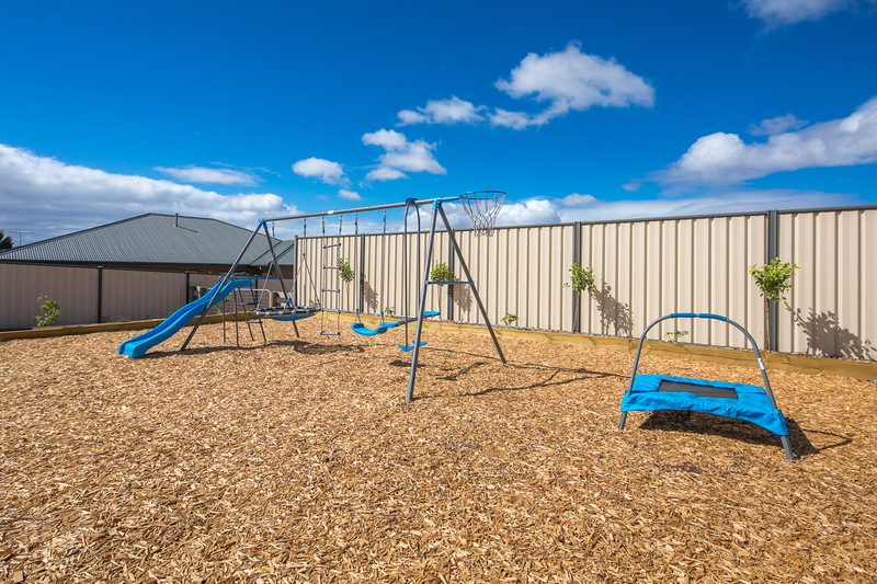 Photo - 6 Boyd Court, Romsey VIC 3434  - Image 18