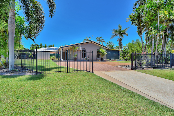 Photo - 6 Edith Court, Leanyer NT 0812  - Image 1