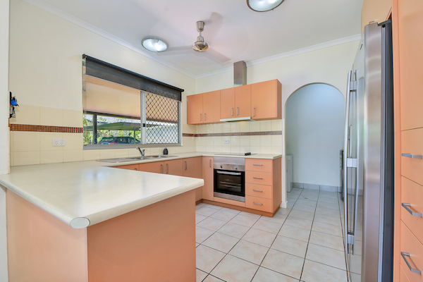 Photo - 6 Edith Court, Leanyer NT 0812  - Image 5
