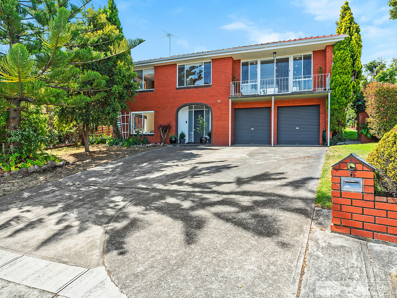 6 Hillside Drive, Blackmans Bay TAS 7052