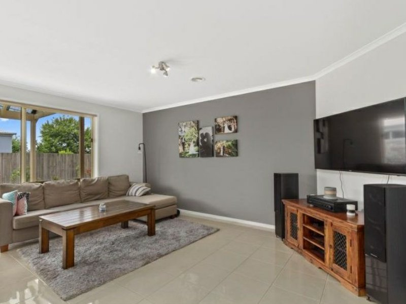 Photo - 6 Nicholson Place, Traralgon VIC 3844  - Image 7