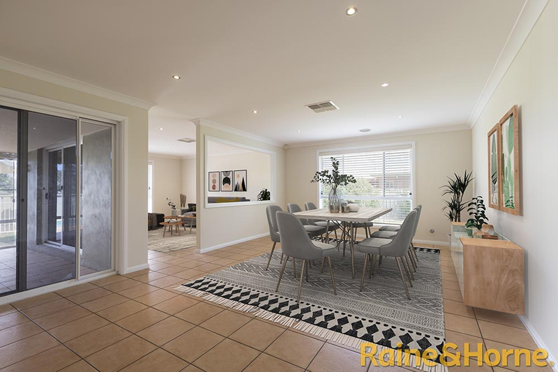 Photo - 6 Pebble Beach Drive, Dubbo NSW 2830  - Image 4