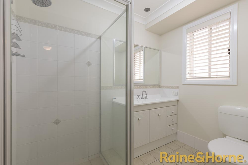 Photo - 6 Pebble Beach Drive, Dubbo NSW 2830  - Image 8