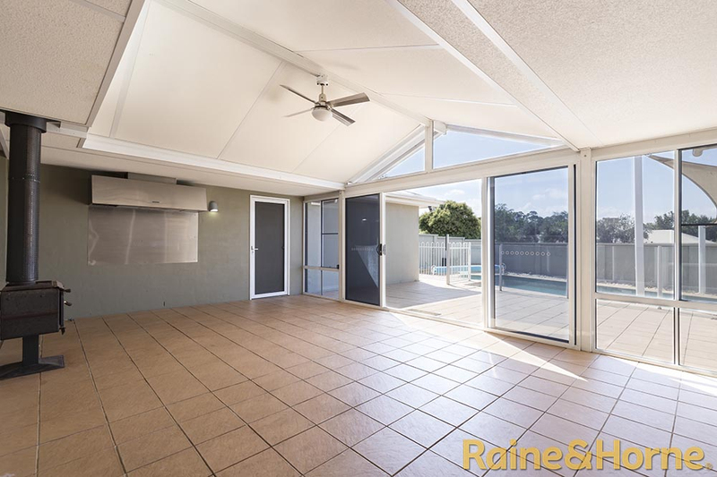 Photo - 6 Pebble Beach Drive, Dubbo NSW 2830  - Image 9