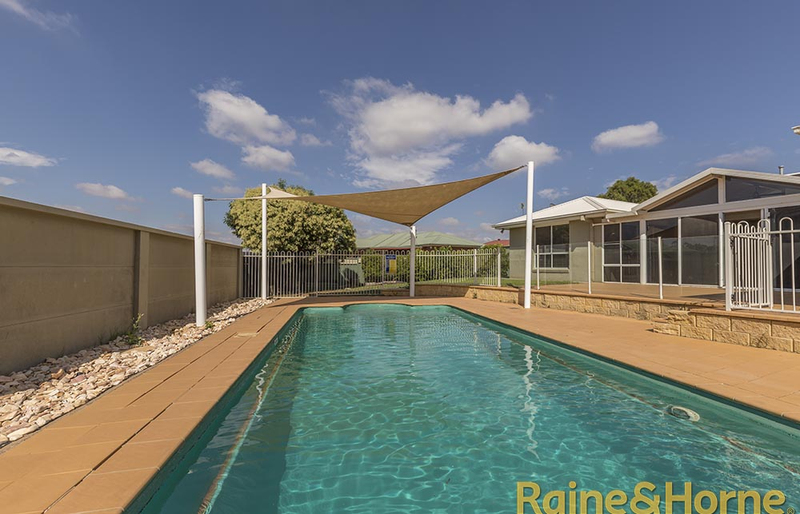 Photo - 6 Pebble Beach Drive, Dubbo NSW 2830  - Image 10