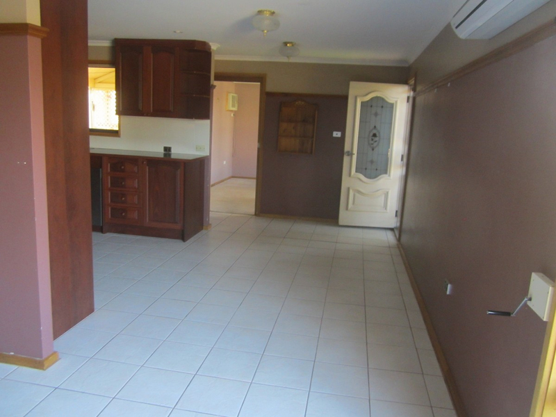 Photo - 6 Wirrda Street, Roxby Downs SA 5725  - Image 7