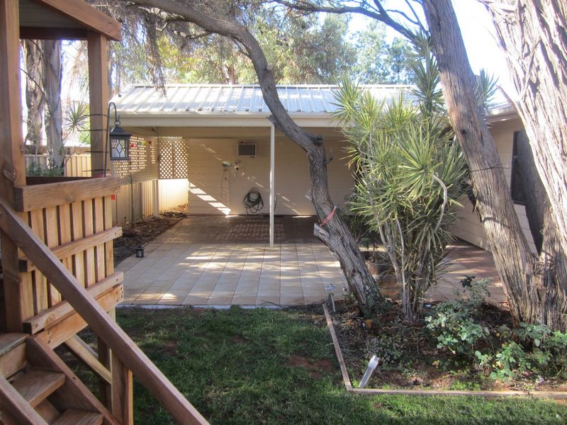 Photo - 6 Wirrda Street, Roxby Downs SA 5725  - Image 9