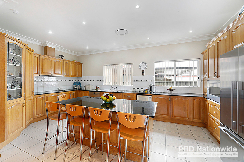 Photo - 60 Cooloongatta Road, Beverly Hills NSW 2209  - Image 3