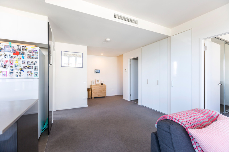 Photo - 608/53 Mort Street, Braddon ACT 2612  - Image 7
