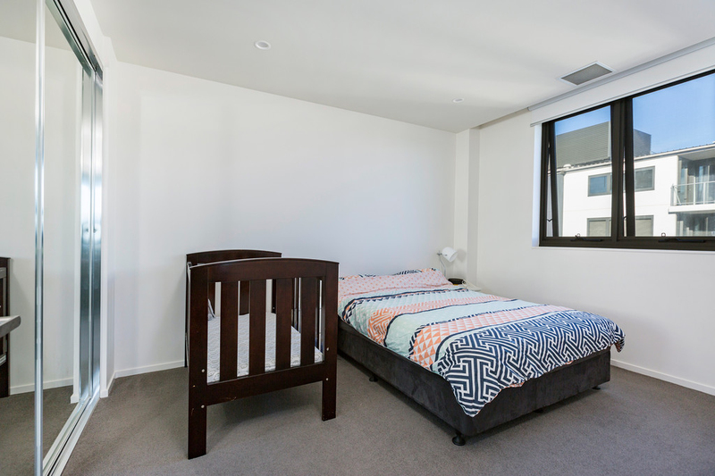 Photo - 608/53 Mort Street, Braddon ACT 2612  - Image 8