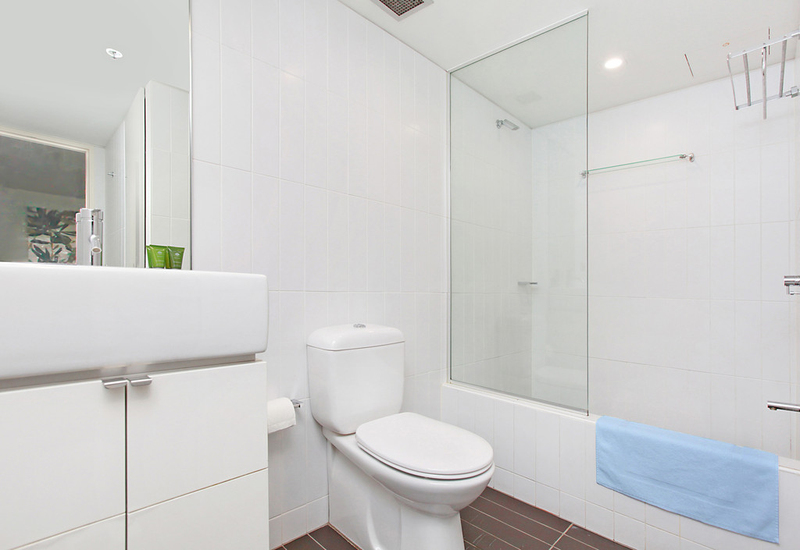 Photo - 610/425 Bourke Street, Surry Hills NSW 2010  - Image 5