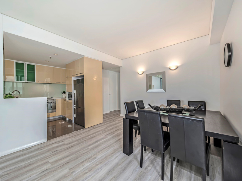 Photo - 61/149-151 Adelaide Terrace, East Perth WA 6004  - Image 2