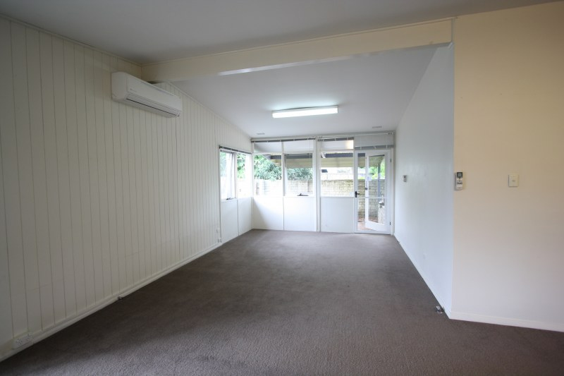 Photo - 613A Warringah Road, Forestville NSW 2087  - Image 3