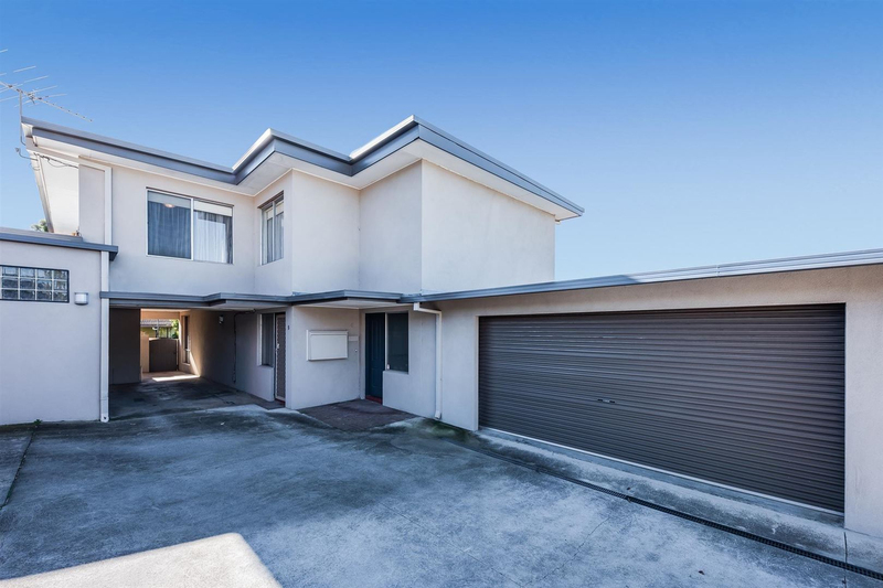 Photo - 6/14-16 Wolseley Grove, Bell Post Hill VIC 3215  - Image 2