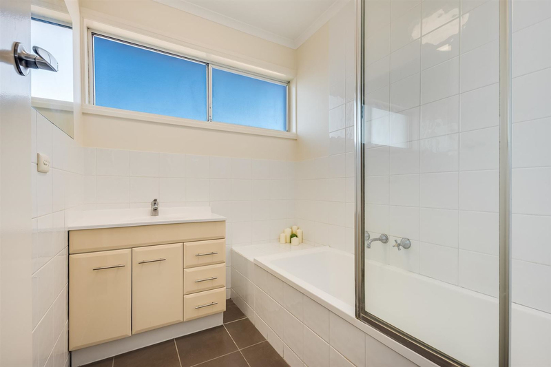 Photo - 6/14-16 Wolseley Grove, Bell Post Hill VIC 3215  - Image 7
