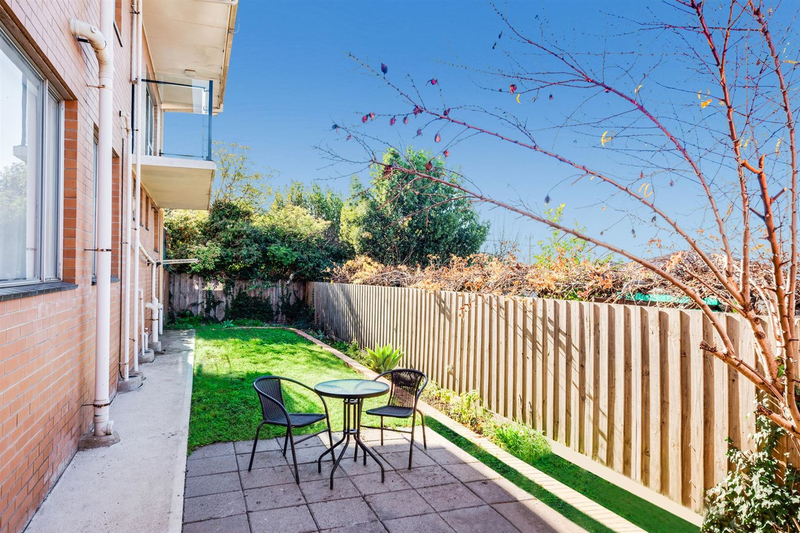 Photo - 6/14-16 Wolseley Grove, Bell Post Hill VIC 3215  - Image 8