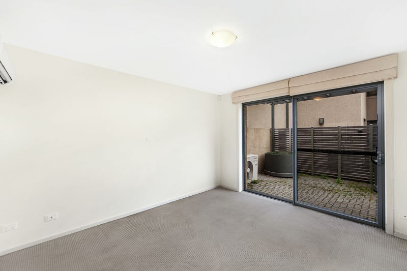 Photo - 6/2 Mcclure Street, Evatt ACT 2617  - Image 6