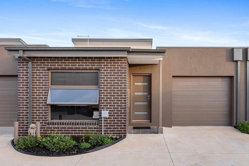6/3 Stratheden Court, Sydenham VIC 3037