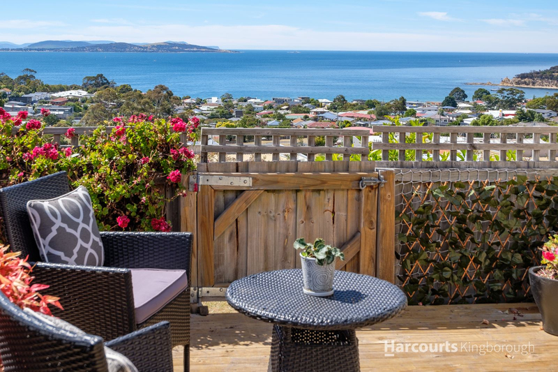6/30 Pearl Place, Blackmans Bay TAS 7052