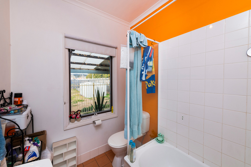 Photo - 64 Collett Street, Queanbeyan NSW 2620  - Image 8