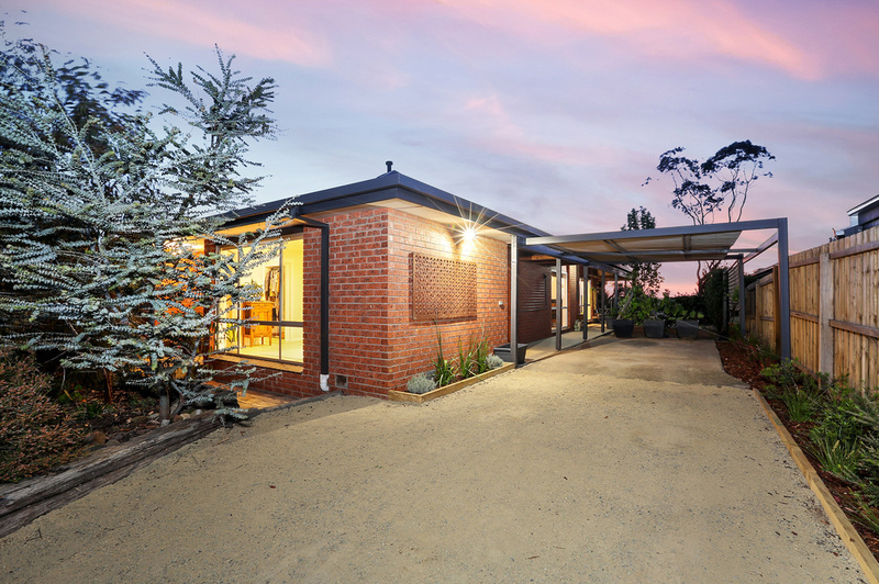 64 Graylea Avenue, Herne Hill VIC 3218
