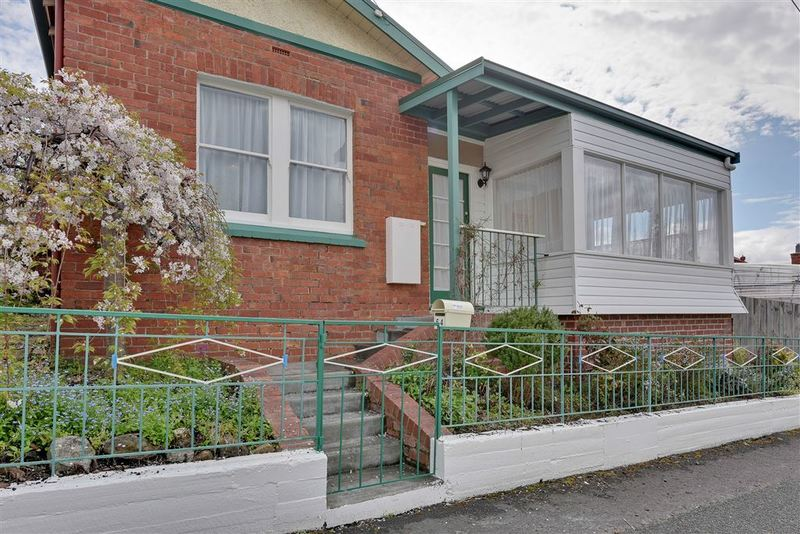 64 Princes Street, Sandy Bay TAS 7005