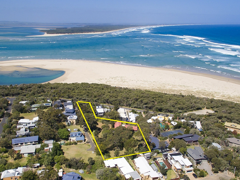 64 Surf Parade, Inverloch VIC 3996