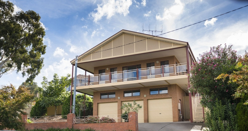 65 The Crescent, Queanbeyan NSW 2620