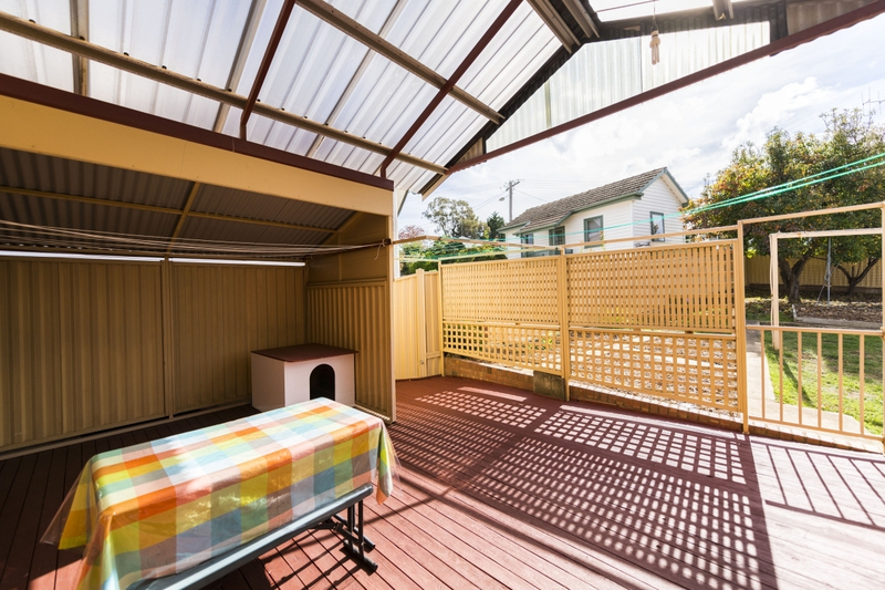 Photo - 65 The Crescent, Queanbeyan NSW 2620  - Image 5