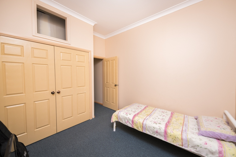 Photo - 65 The Crescent, Queanbeyan NSW 2620  - Image 13