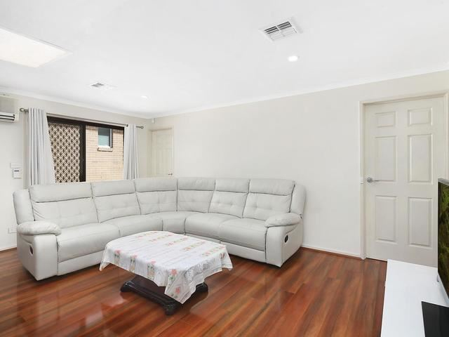 Photo - 65B Wheatley Street, Gowrie ACT 2904  - Image 4