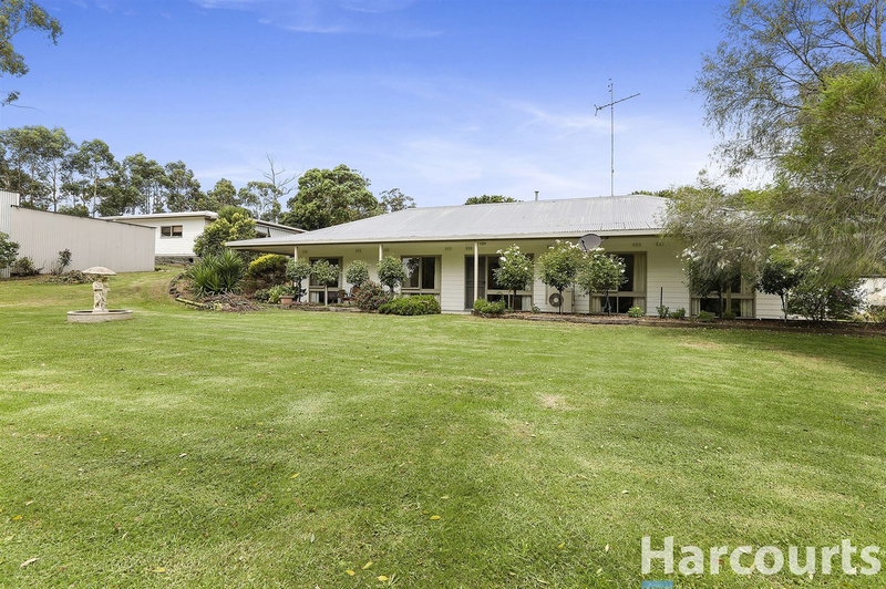 67 Fisher Road, Drouin West VIC 3818