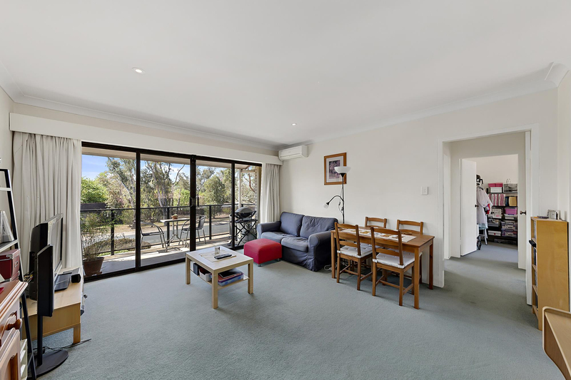 Photo - 6/7 Hyndes Crescent, Holder ACT 2611  - Image 8