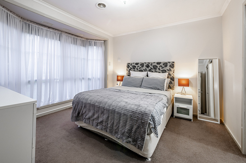 Photo - 67 Lawless Drive, Cranbourne North VIC 3977  - Image 10