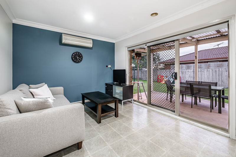 Photo - 67 Lawless Drive, Cranbourne North VIC 3977  - Image 14