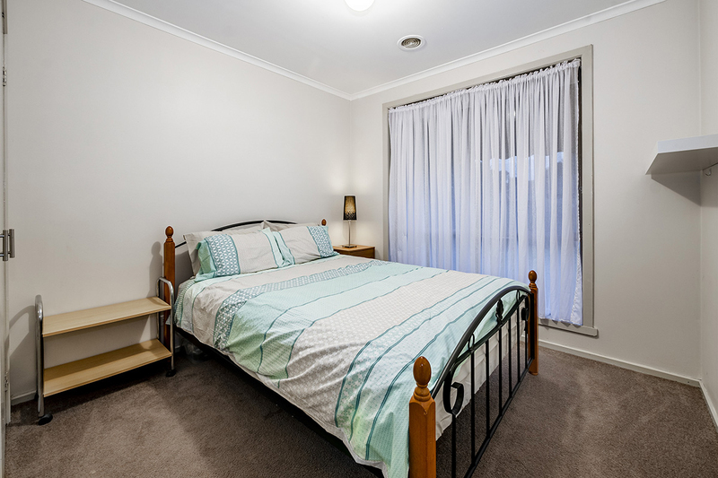 Photo - 67 Lawless Drive, Cranbourne North VIC 3977  - Image 17