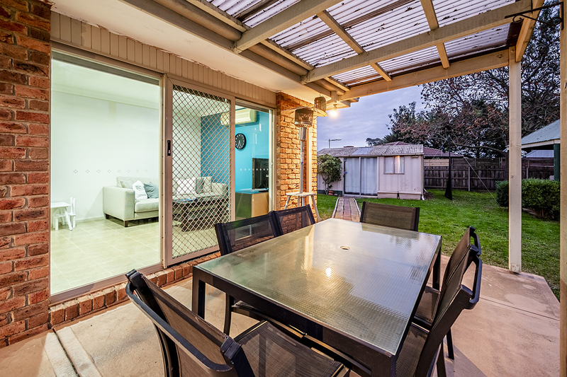 Photo - 67 Lawless Drive, Cranbourne North VIC 3977  - Image 19