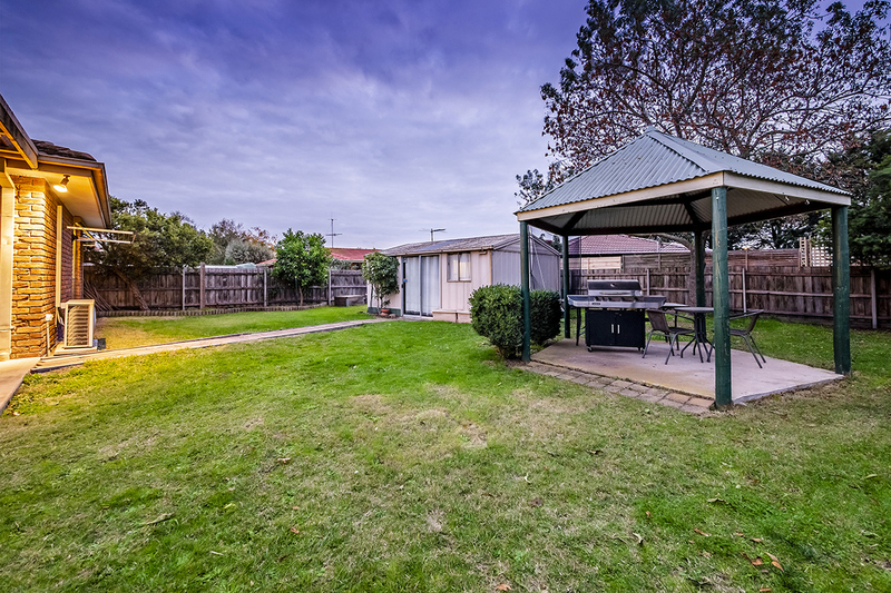 Photo - 67 Lawless Drive, Cranbourne North VIC 3977  - Image 21