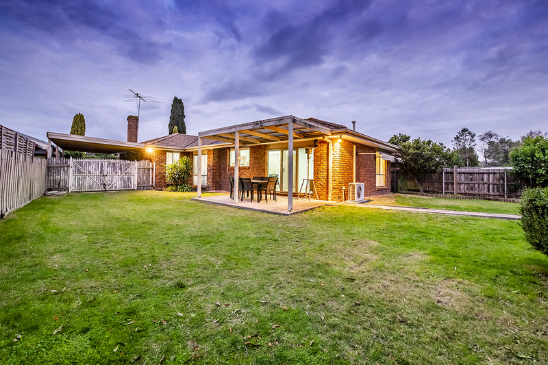 Photo - 67 Lawless Drive, Cranbourne North VIC 3977  - Image 22