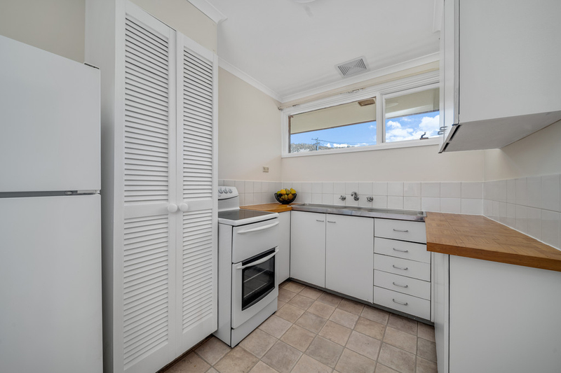 Photo - 6/7 Mcgee Place, Pearce ACT 2607  - Image 4