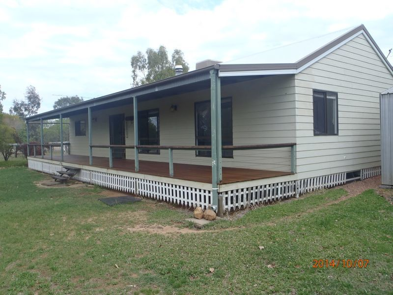 68 Minka Road, Roma QLD 4455