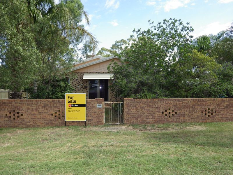 68 Northern Road, Roma QLD 4455