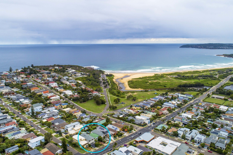 Photo - 69 Griffin Road, North Curl Curl NSW 2099  - Image 15
