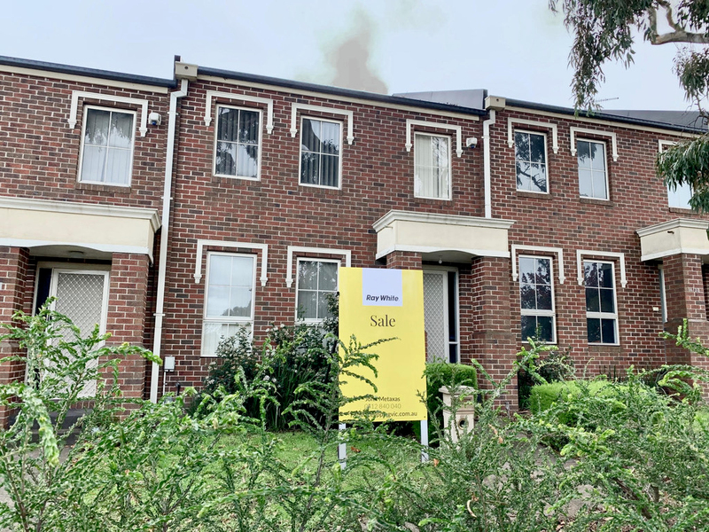 7 / 31 Loxton Terrace, Epping VIC 3076