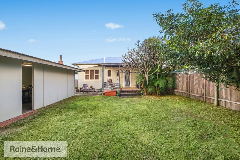 7 Birdwood Avenue, Umina Beach NSW 2257