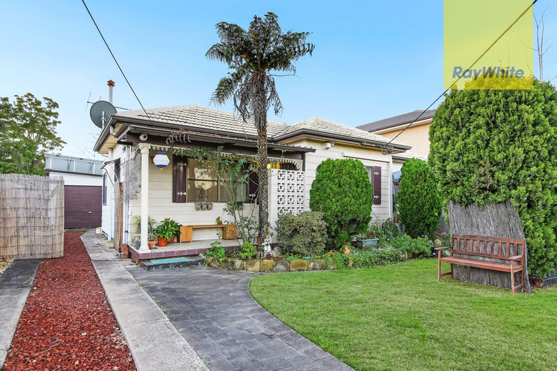 Photo - 7 Dan Street, Merrylands NSW 2160  - Image 1