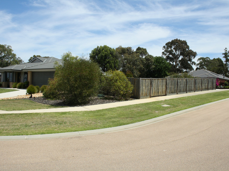 Photo - 7 David Court, Johnsonville VIC 3902  - Image 2