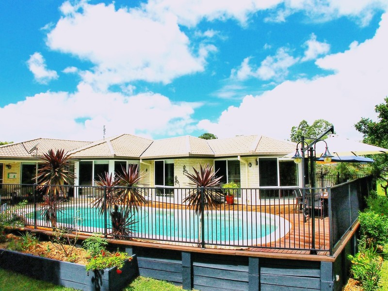Photo - 7 Oregon Court, Cooroy QLD 4563  - Image 12