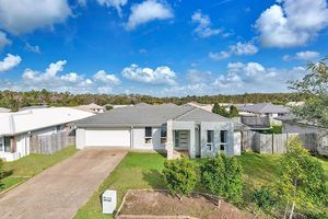 Sandstone Lakes - Investment Opportunity!