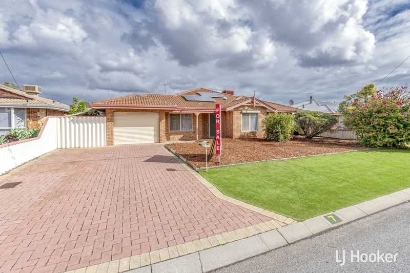 7 Schaffers Place, Thornlie WA 6108